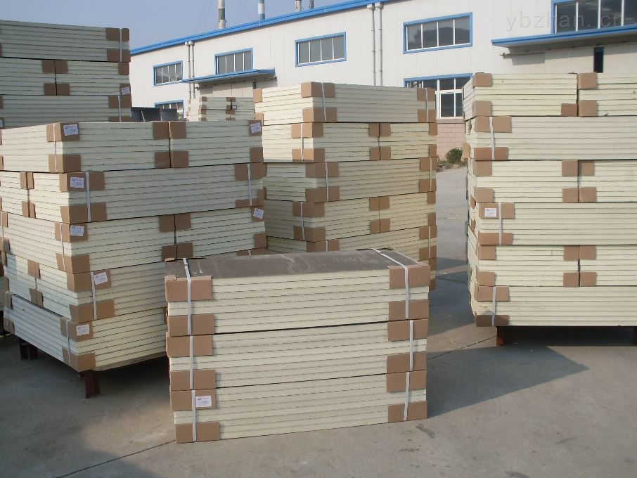 A级防火聚氨酯保温板生产厂家