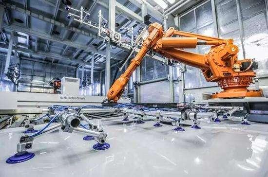 智能制造行业发展空间巨大 系统解决方案市场生态初步形成