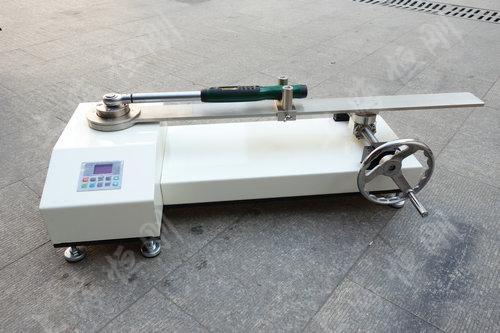 SGNJD型号的棘轮扳手检定仪